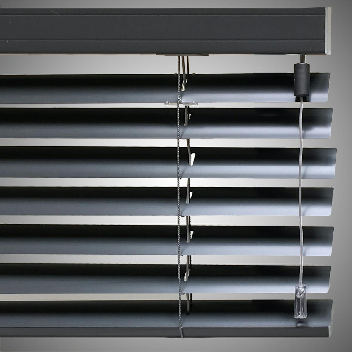 Aluminium jaloezieën assortimentenpagina