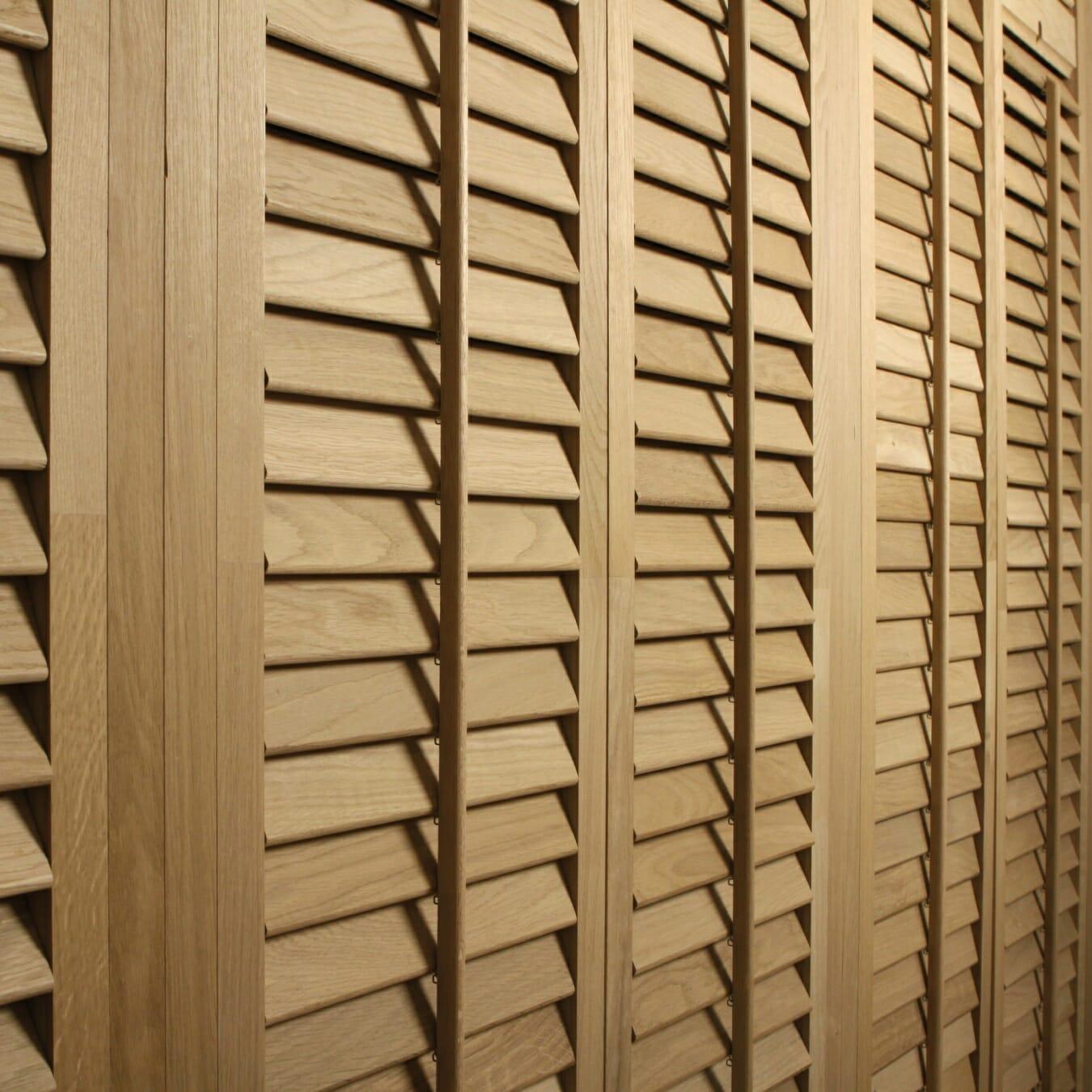 Zonnelux shutters eiken