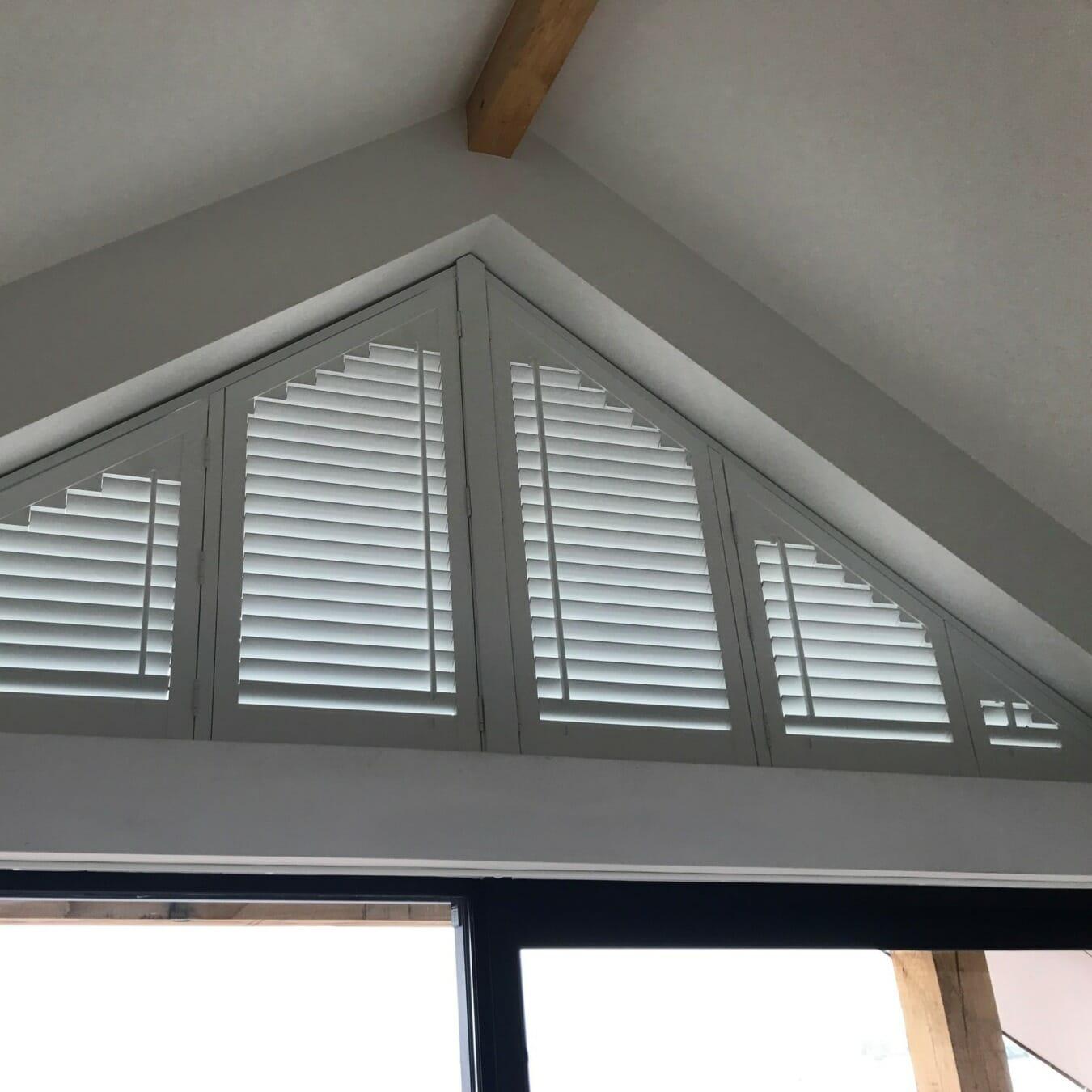 Zonnelux shutters trapezium raam