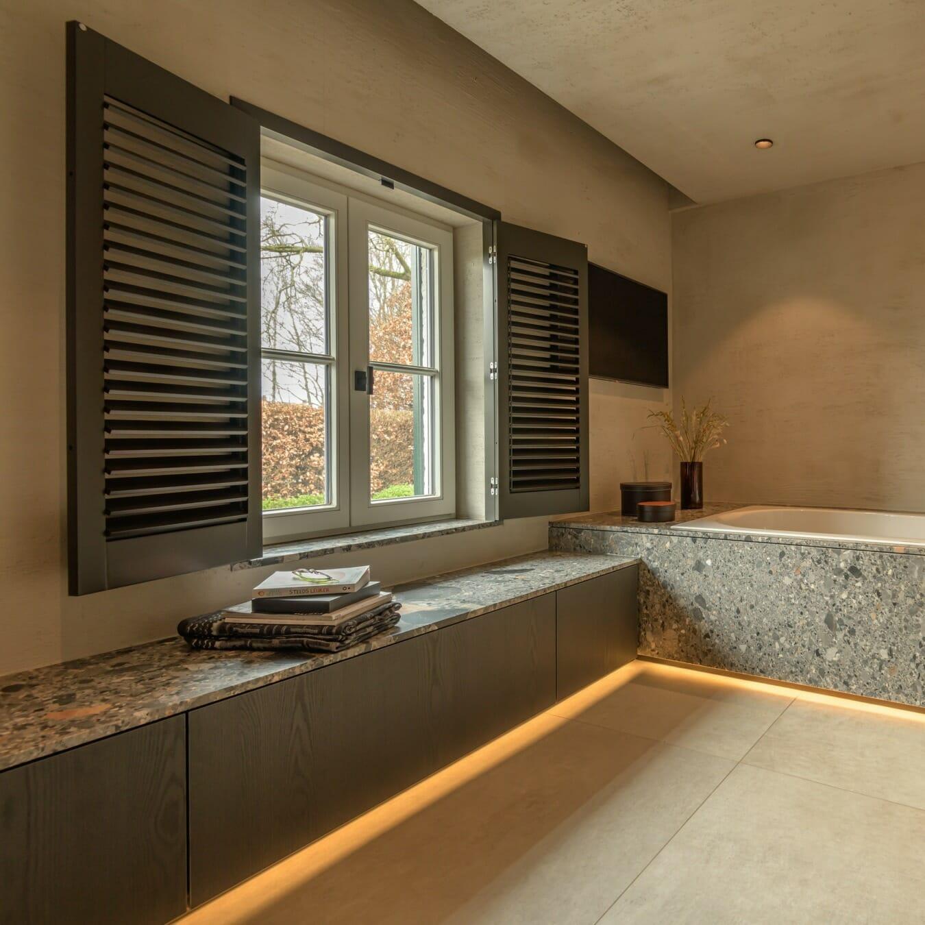 Piet Boon shutters - Ellen Coenen raamdecoratie